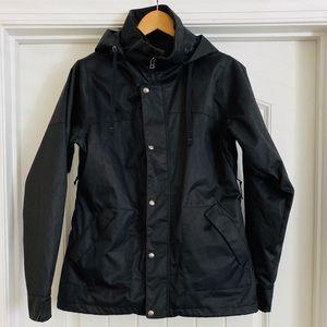 NWOT...Burton snowboarding jacket w/snow skirt